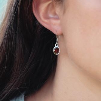 Boucles d'oreilles pierre grenat